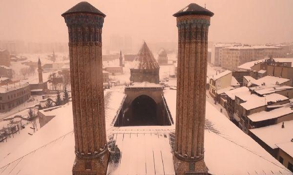 Erzurum'da Tarih ve Kar Buluşması III