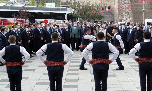 Cumhurbaşkanı Erdoğan Erzurum'dan Millete seslendi