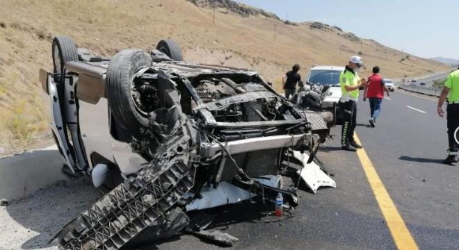 Erzincan yolunda trafik kazası: 1 yaralı
