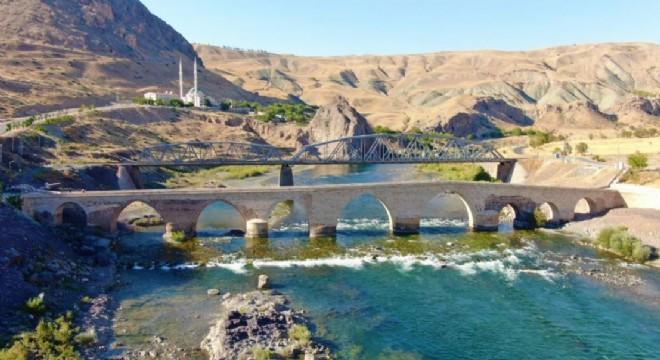 İpekyolu'nda Ecdat Mirası