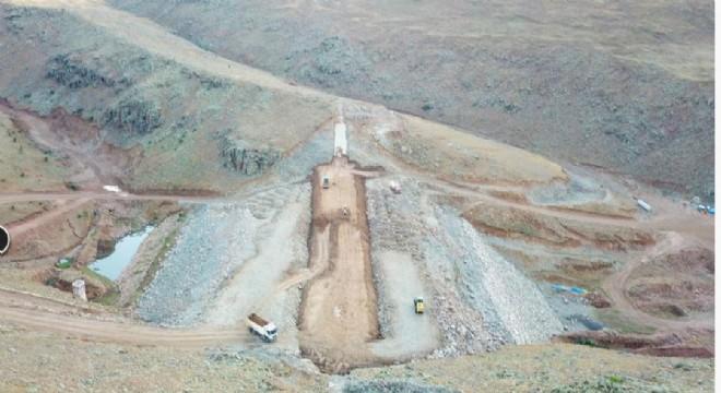 Köşk Barajıyla bin 700 dekar alan suya kavuşacak