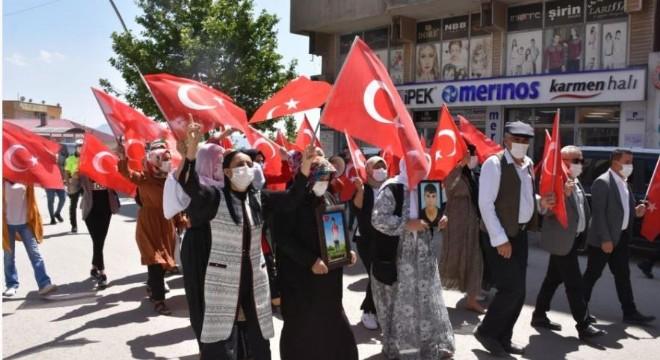 'Kürt-Türk kardeştir, ayrım yapan kalleştir'